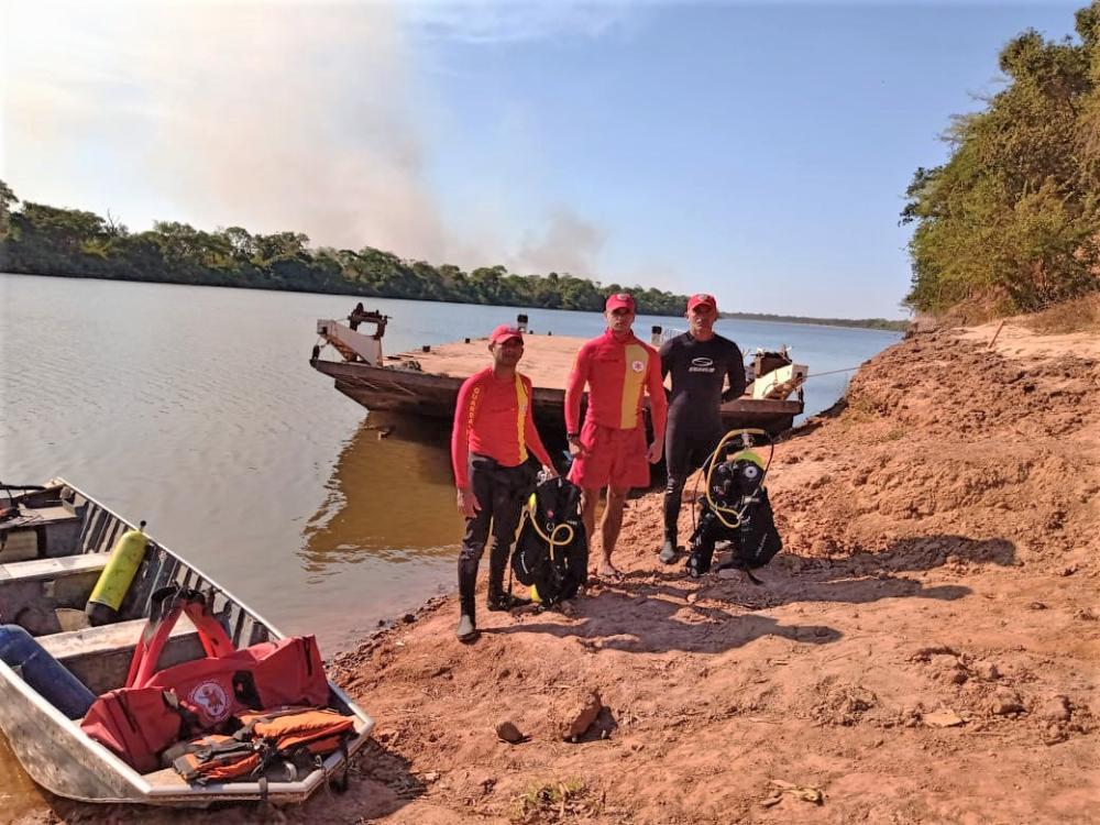 Bombeiros militares realizaram buscas aos corpos nas duas cidades do interior - Divulgação/CBMTO