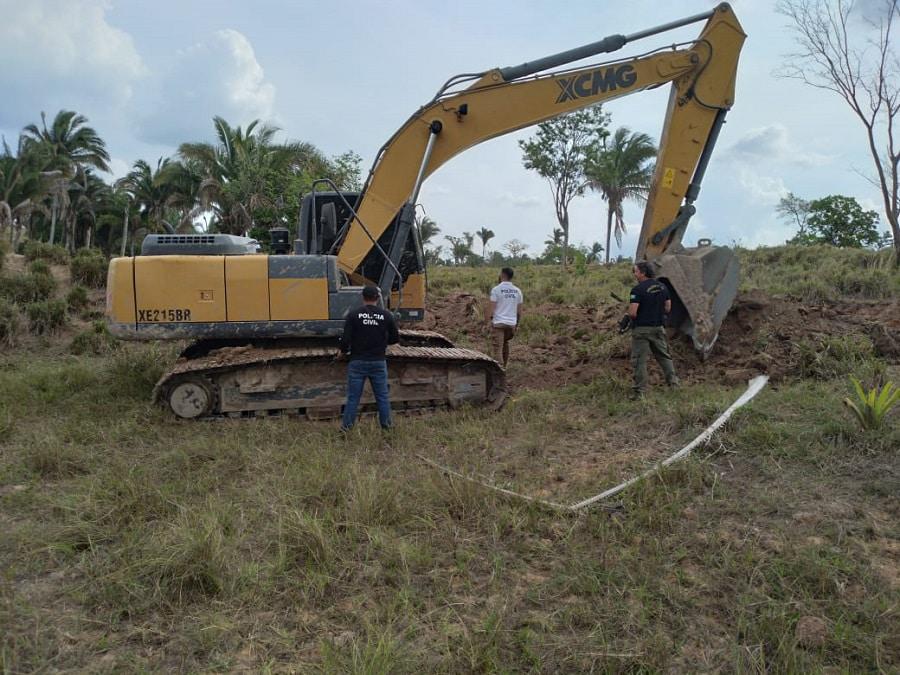 Máquina fazia um açude em Buriti, município vizinho de Augustinópolis