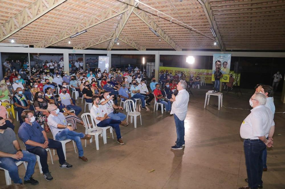 Clube da Caixa, em Gurupi; reunião com empresários