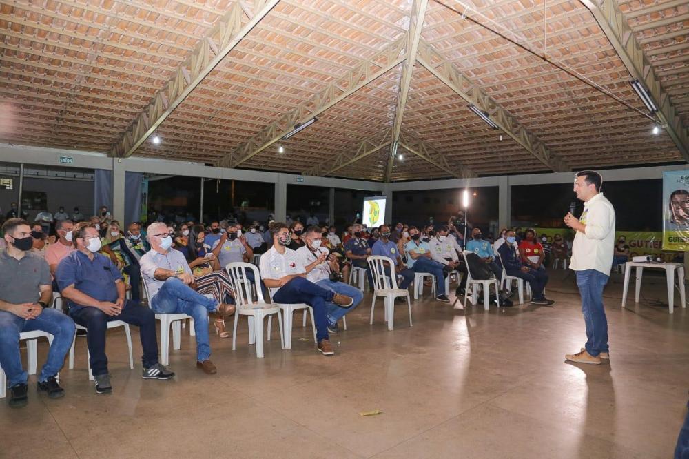 A empresários, Gutierres fala em fortalecimento dos setores da economia