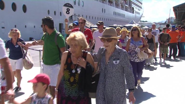 Turistas chegam em Transatlântico no Rio de Janeiro - Foto EBC